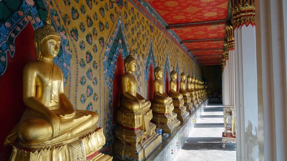 palace-2046679_1280.jpg