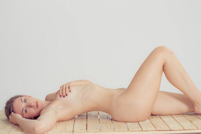 sexy-4937468_640.jpg